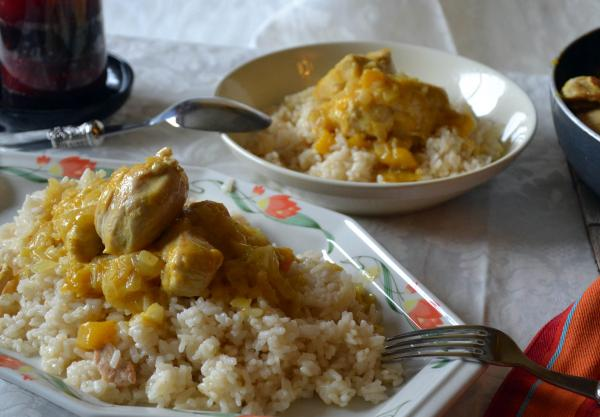 Curry de pollo y mango